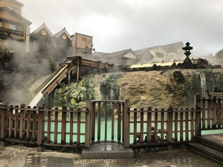 2017年8月早朝の湯畑