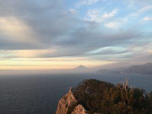 烏帽子山山頂から富士山遠景2016年