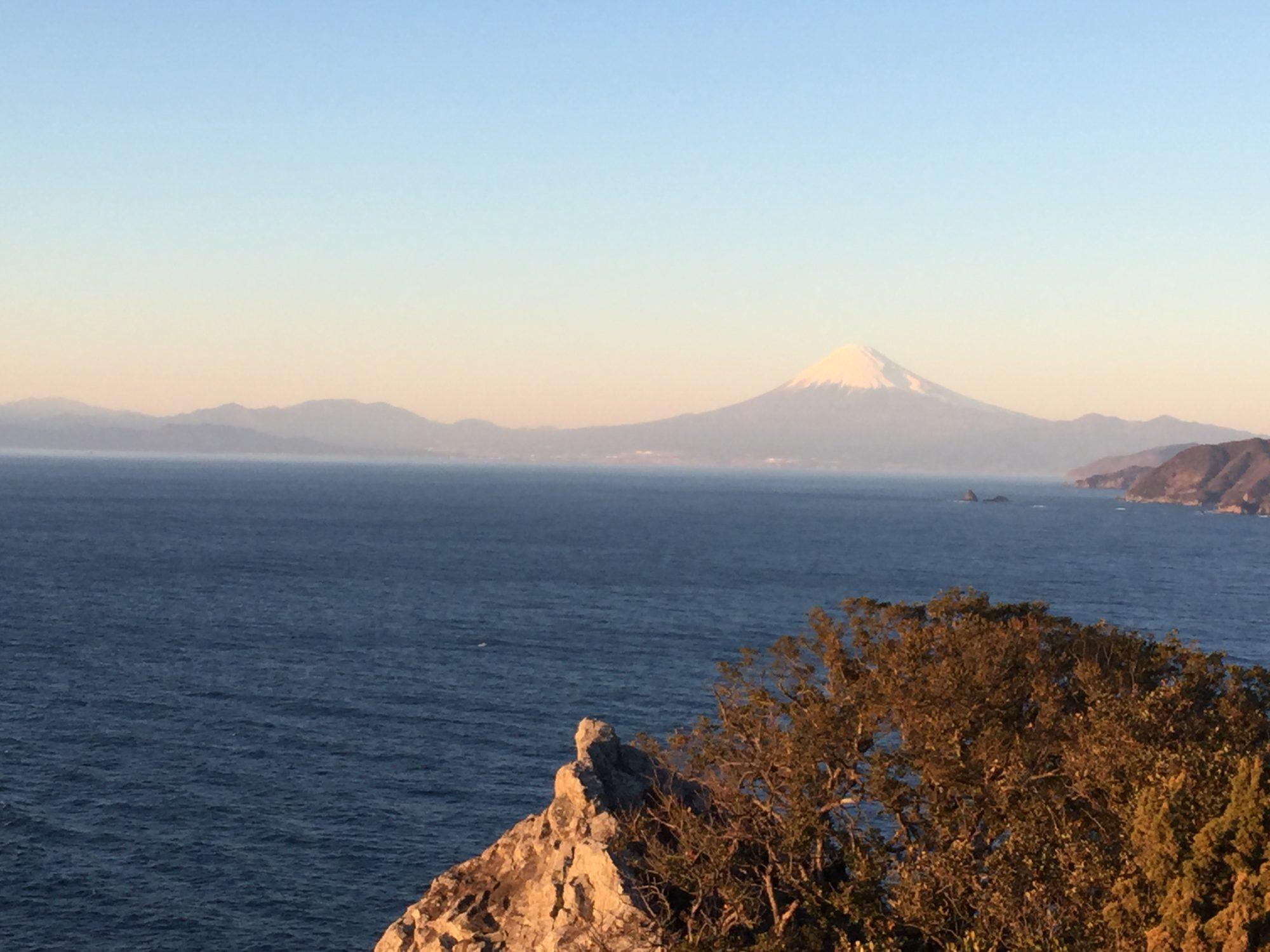 松崎雲見温泉烏帽子山からの富士山