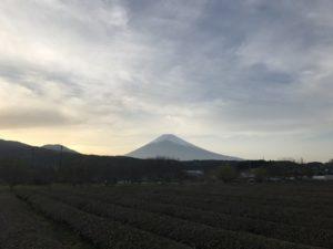 会社からの帰宅の途中で撮った富士山
