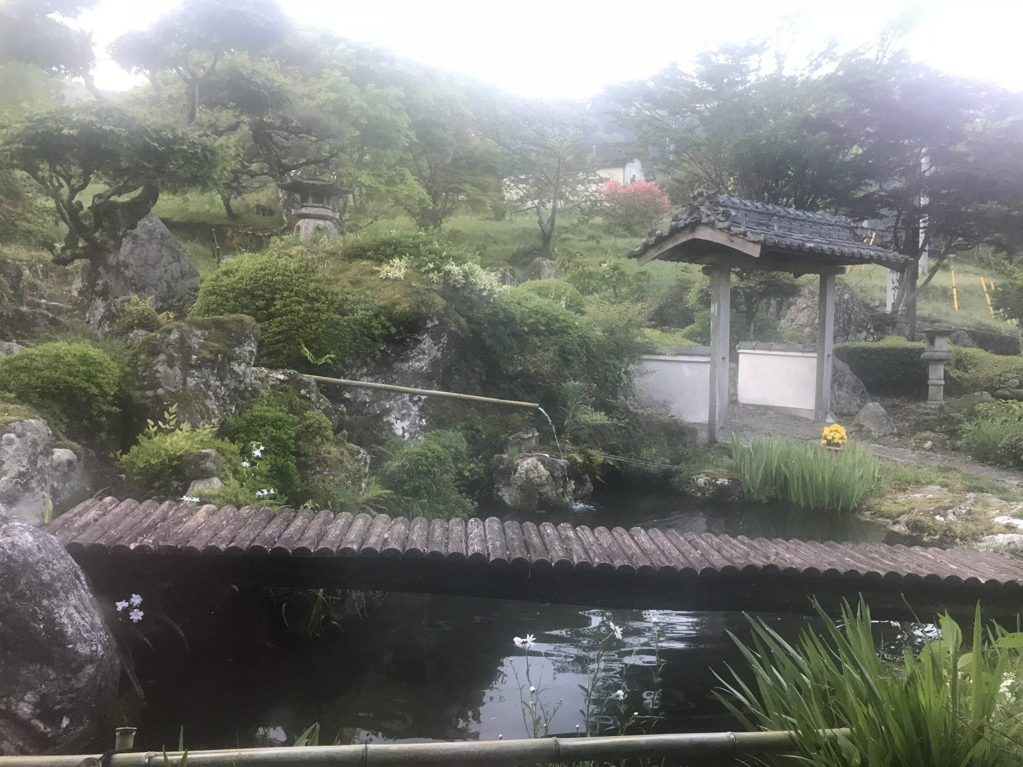 民宿友禅の庭