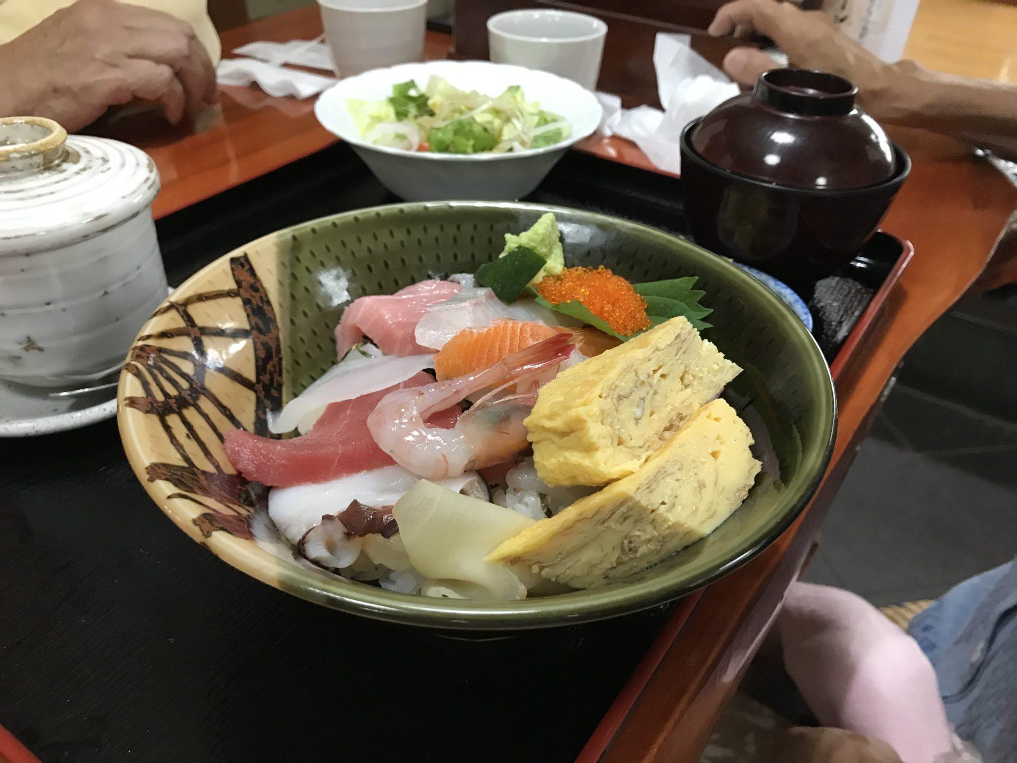 しらかば、海鮮丼