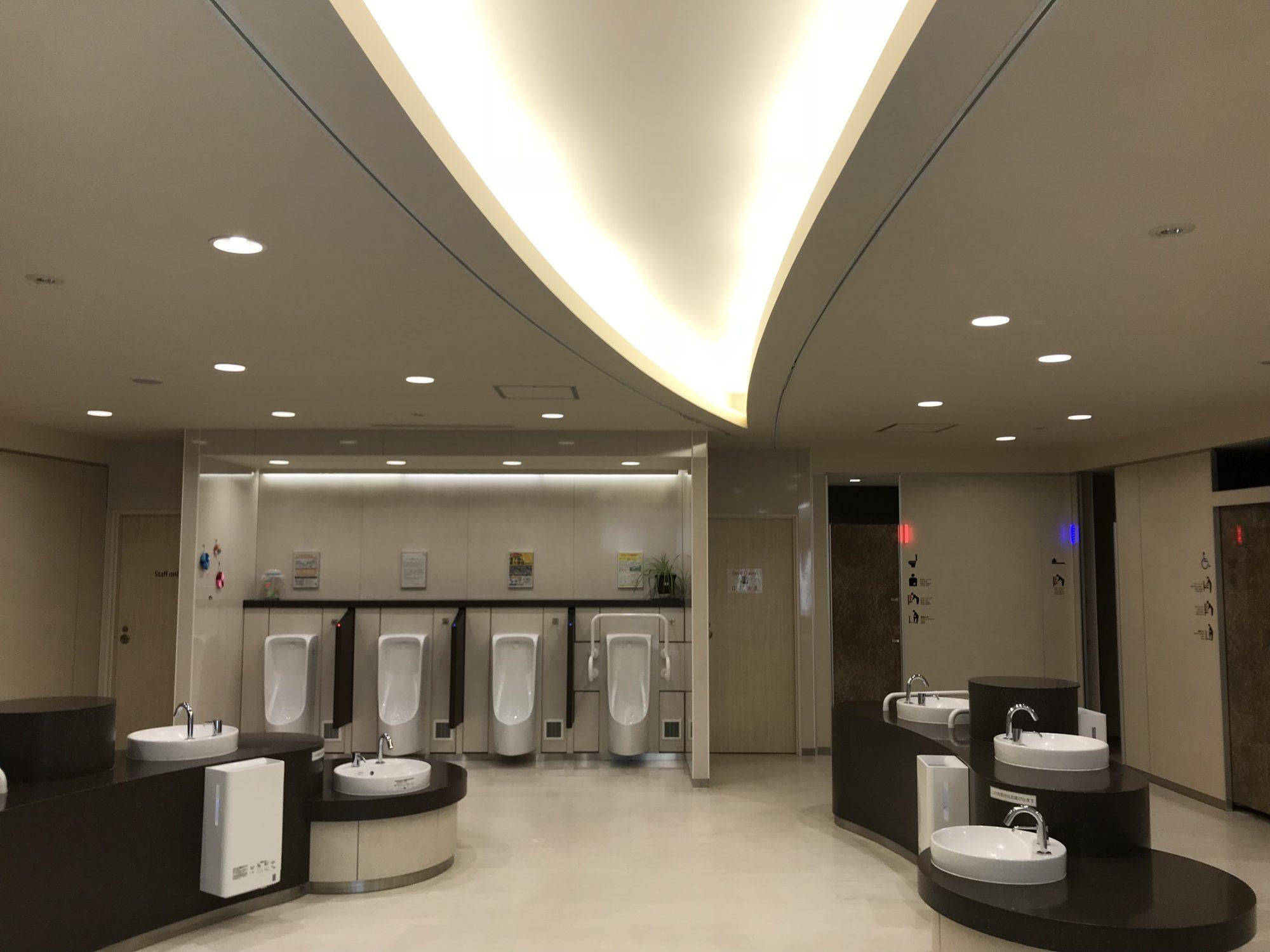 駒門パーキングエリアトイレ