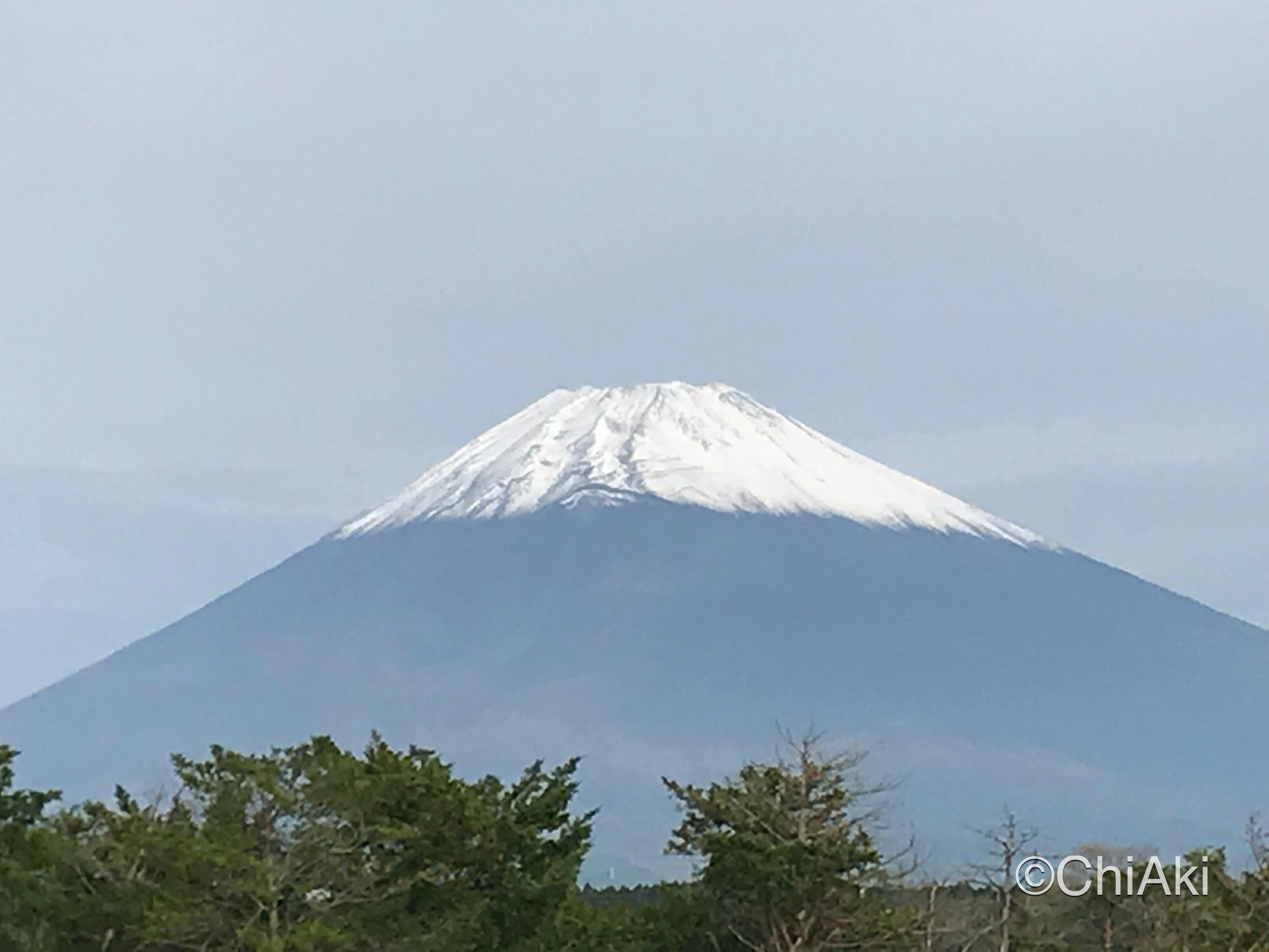 2018年10月16日朝の富士山