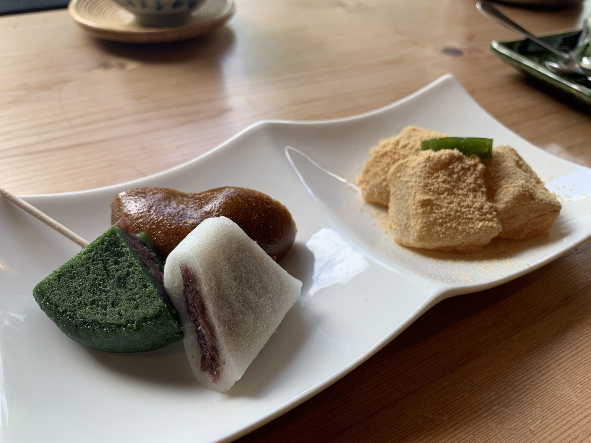 大雄山茶屋天んぐ 仁王門本店デザート