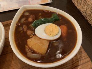鴻オオドリー 神田駿河台店黒のチキン