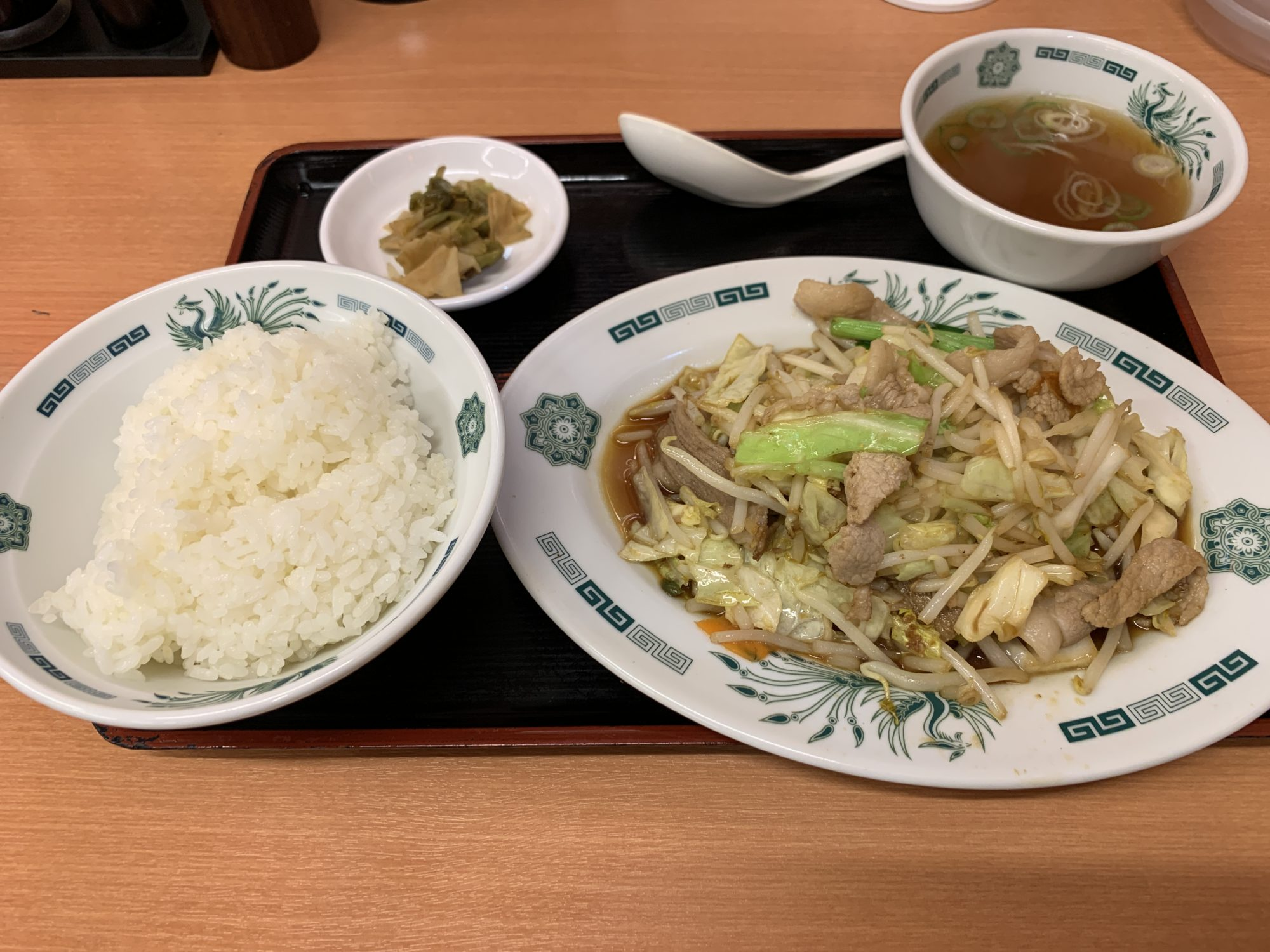日高屋肉野菜定食
