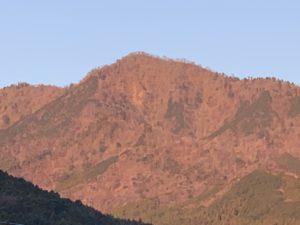 位牌岳と飯盛山